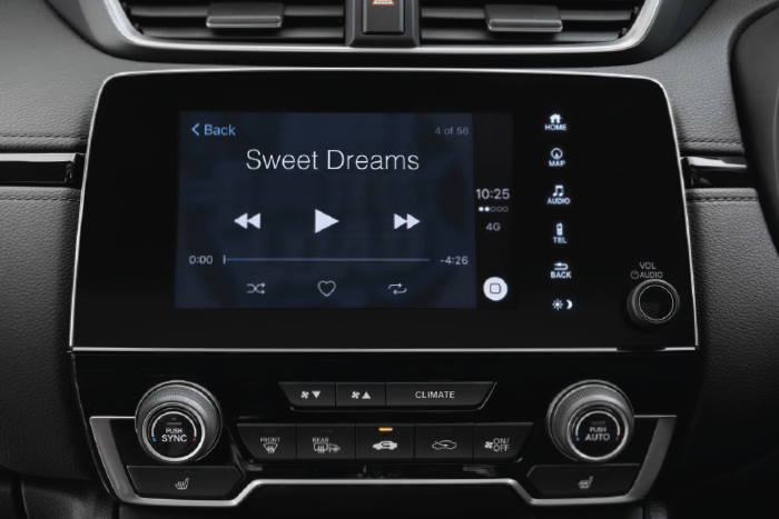 """Side view of the Honda CR-V 7"""" infotainment system."""